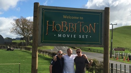 Your Gallivanitng Guru Visitng Hobbiton Movie Set