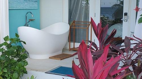 Outdoor Soaking Tubs wash your worries away!