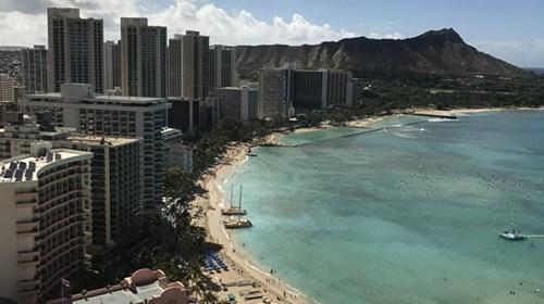 Waikiki Beach & Diamond Head