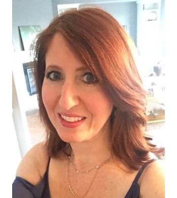 Image of Lauren Hoffman