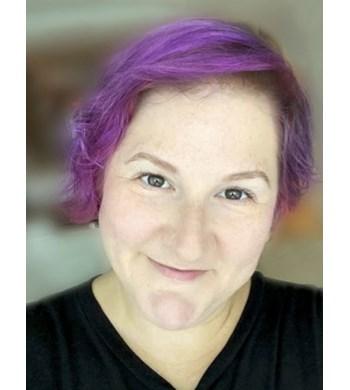 Image of Lauren Benson