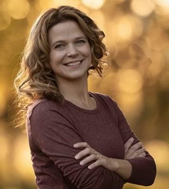 Image of Roxanne Wanzek