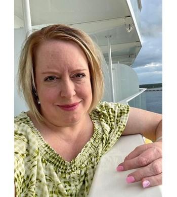 Image of Betsy Hampton