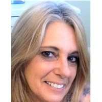 Image of Lisa Carmena
