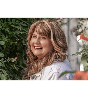 Image of Angela Weir