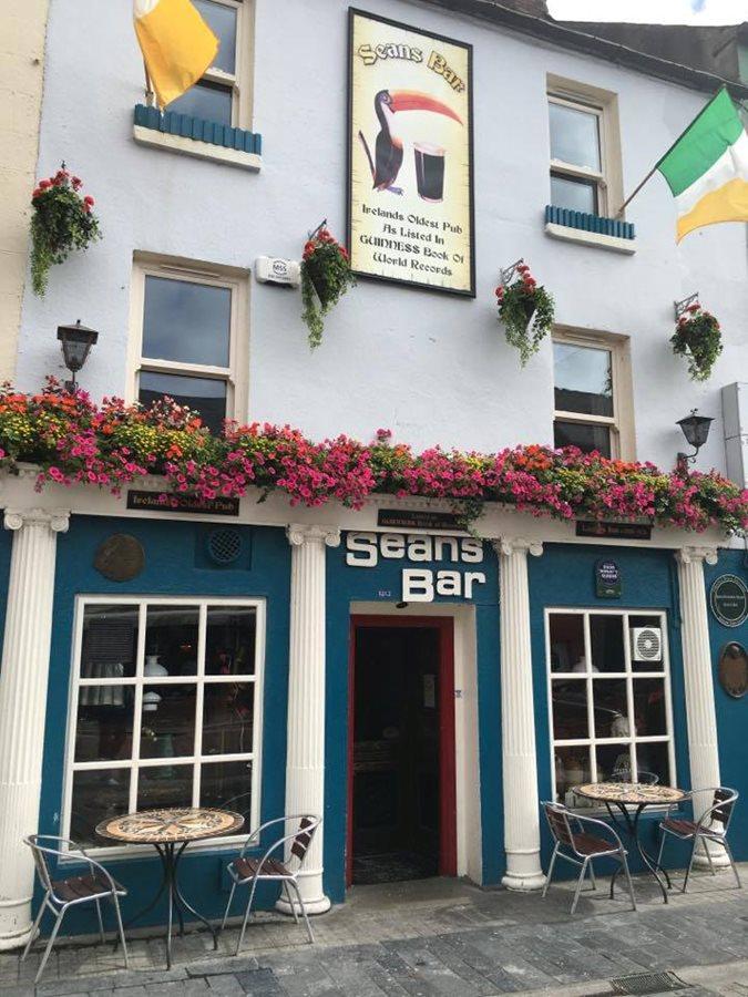 Sean's Bar - Oldest Pub in Europe - Athlone