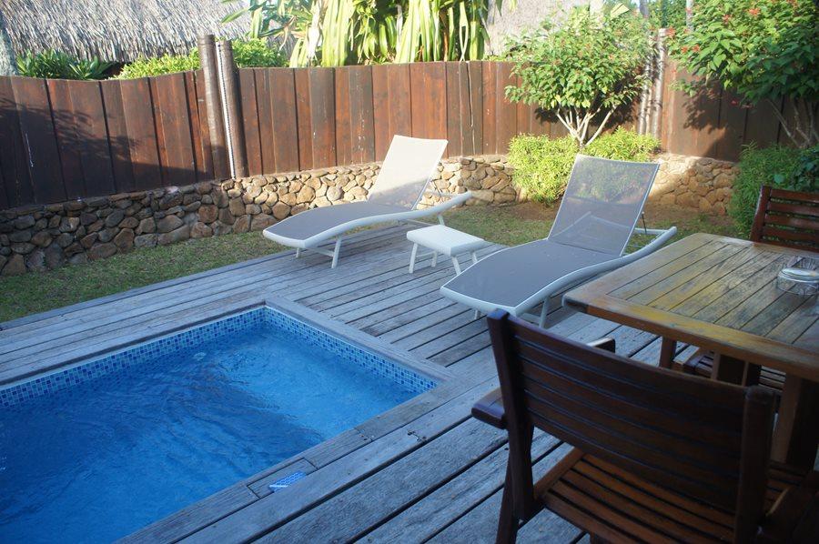 Garden Pool Bungalow