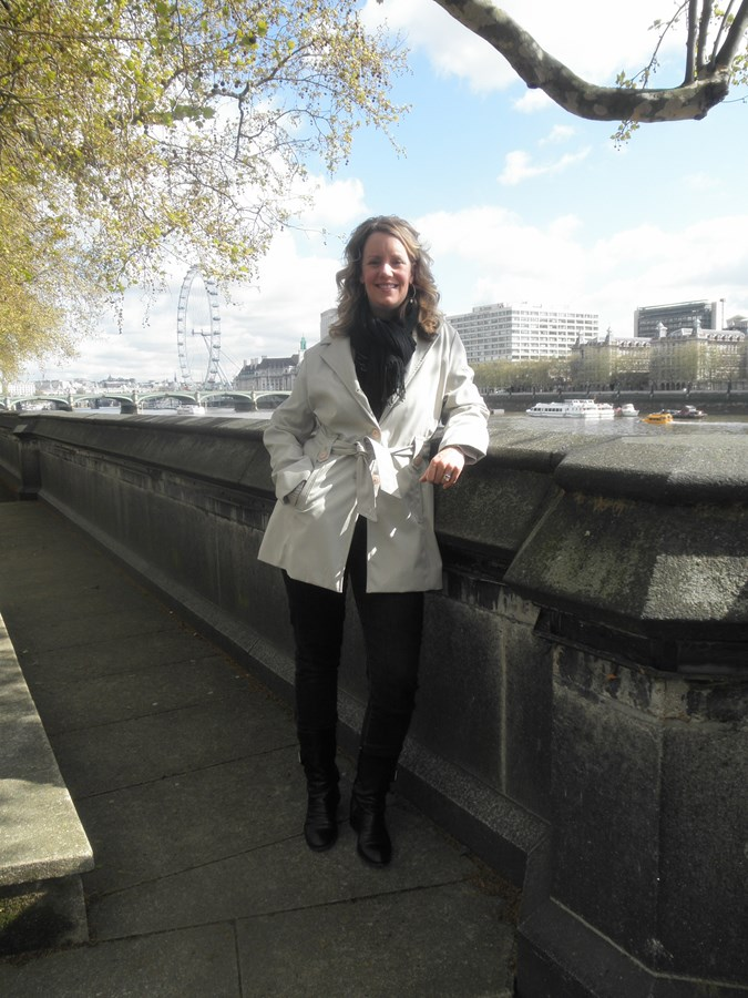 Along the Thames with the London Eye in background
