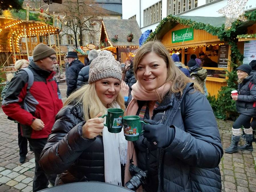 Enjoying a Gluewein toast