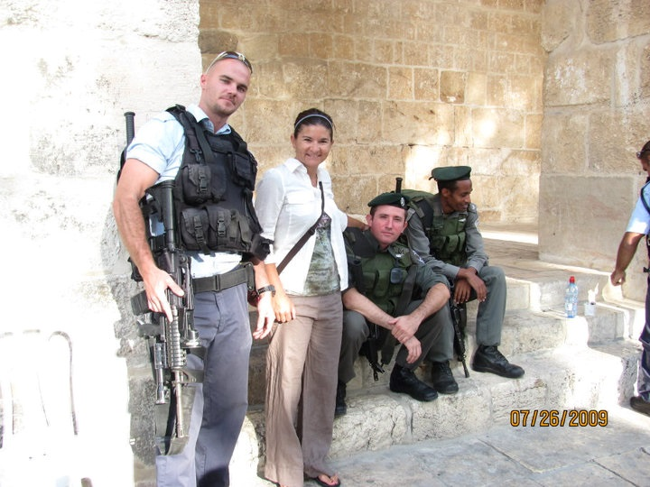 Temple Mount with Isreali & Palestinian soldiers