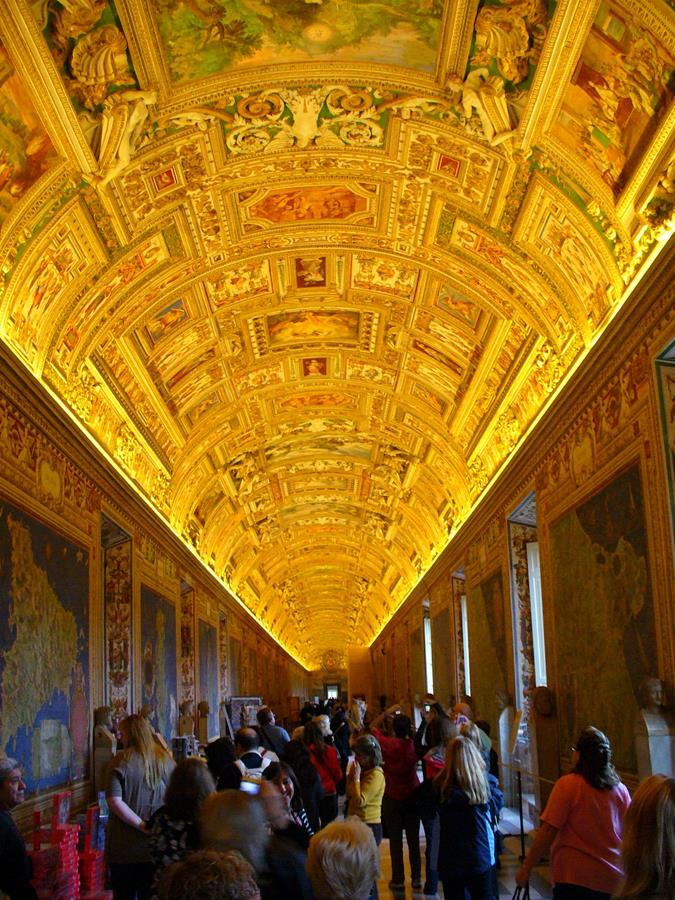 The splendors of the Vatican Museums
