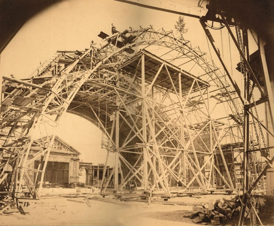 Construction of Auditorium 1899-1900