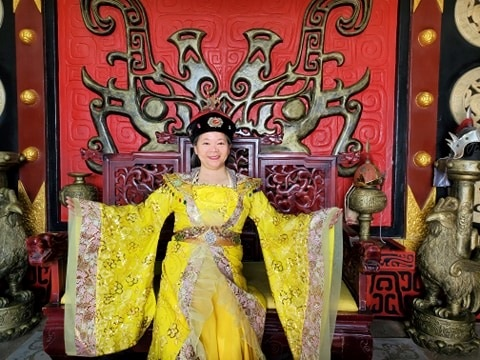 Empress for a day