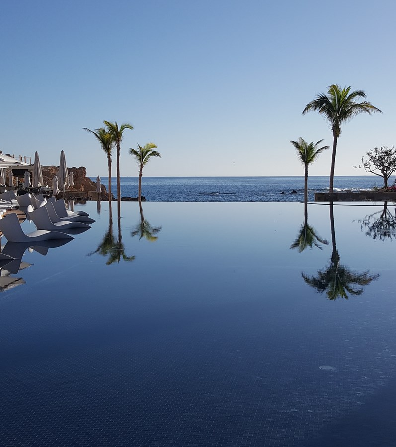 Chileno Bay-Infinity pool