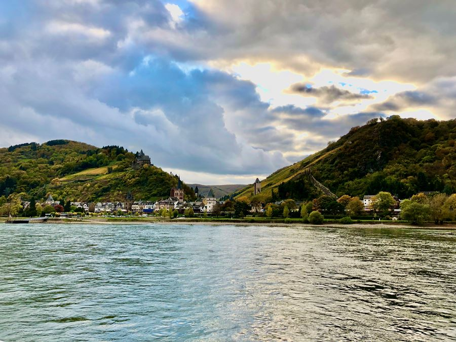 Sailing the Rhine Gorge
