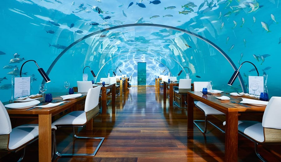 CONRAD MALDIVES Under Water Dining