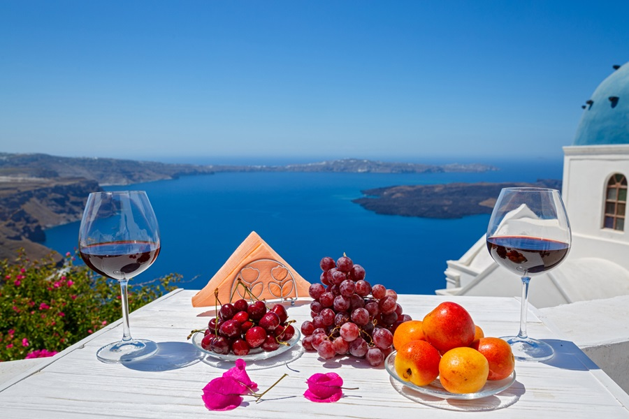Lifestyle Experience in Santorini Greece