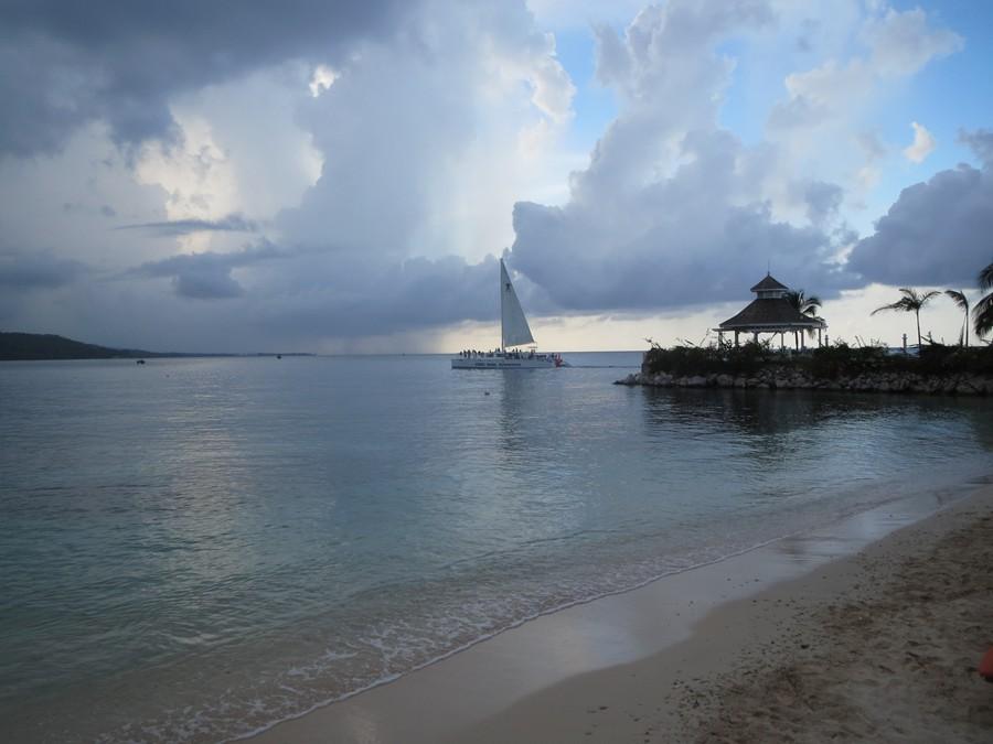 ocean fun, snorkel tour returns