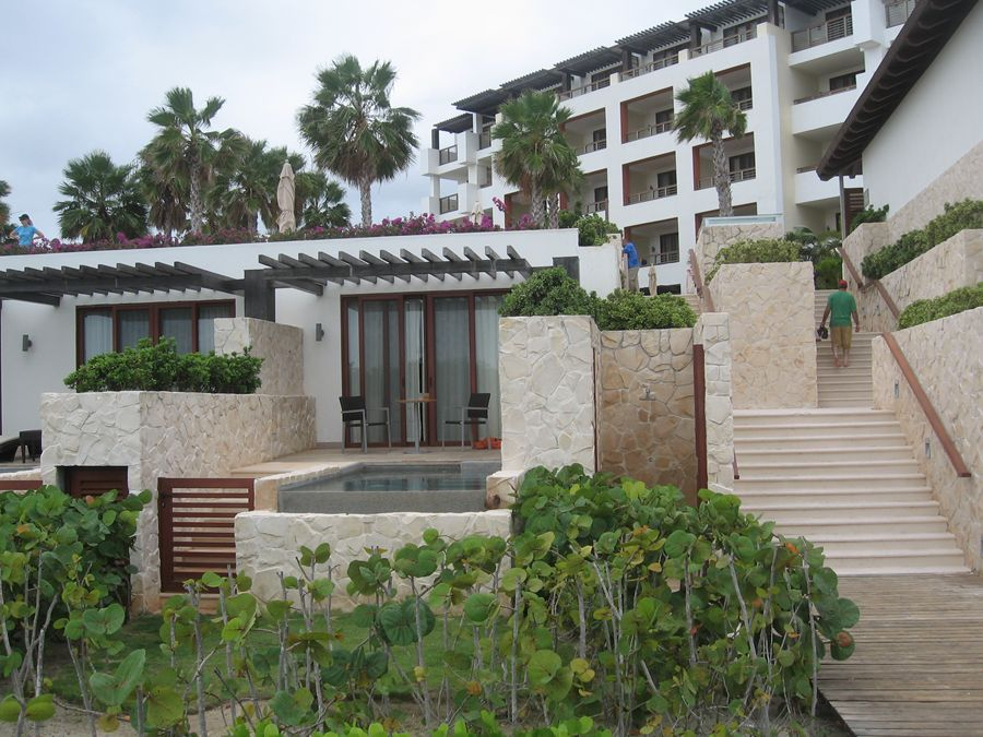 Pref. club oceanfront suite@ Secrets Playa Mujeres