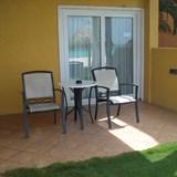 Tamarijn - a sweet ocean front patio
