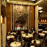 The stunning Britannia Restaurant on Queen Mary 2