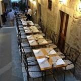 Enjoy dinner al fresco!