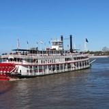 Day trip sternwheeler cruise Natchez