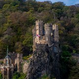 How many castles are along the Rhine??