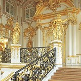 Everyone should visit Winter Palace in Russia
