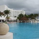 Sun Palace Pool