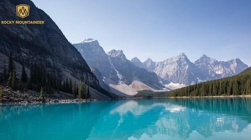 Lake Morraine in Canadian Rockies