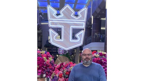 Fun with Minnie at Castaway Cay