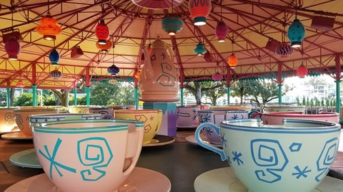 Amazing family cabana at Disney's Castaway Cay!