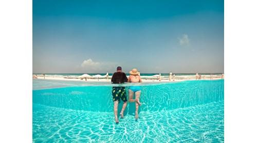 Beach Front Vanishing Edge Pool Cancun Mexico