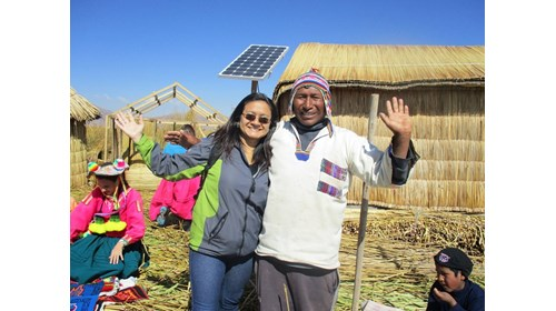 Unforgettable visit to Uros floating island, Puno