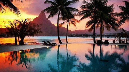 Sunset in Bora Bora!