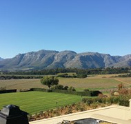 View from the Ernie Els Winery in Stellenbosch, So