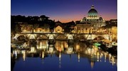 The beautiful night time scenes of Rome.
