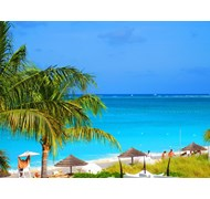 Looking out on the water in Grace Bay, Turks & Cai